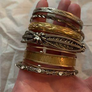 Jewelry - Bangle bundle